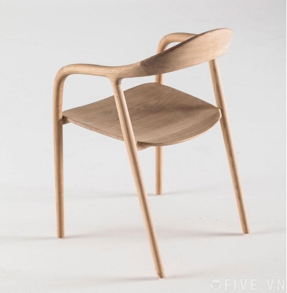 Ghế Neva có tay gỗ sồi