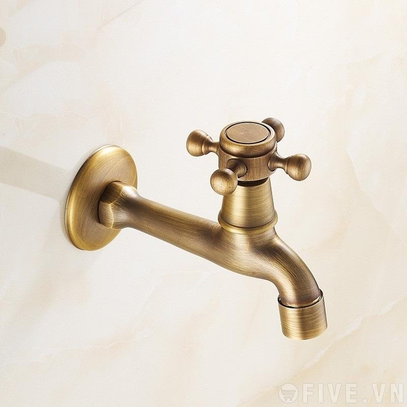 Vòi nước bằng đồng giả cổ