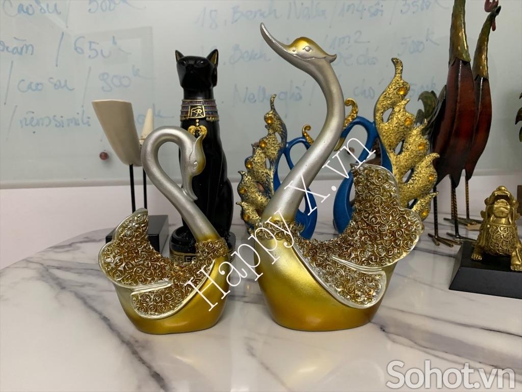 Cặp Thiên Nga vàng