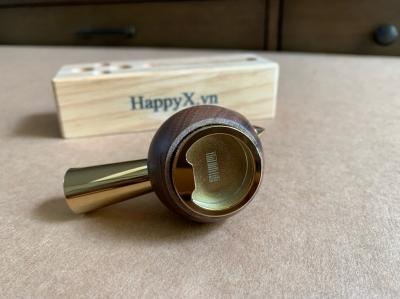 Chim gỗ Walnut khui bia mạ vàng