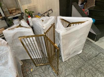 Chân bàn Alfieri inox mạ vàng PVD