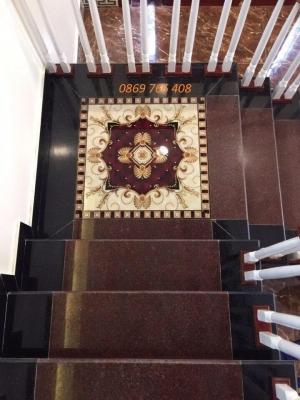Chiếu nghỉ cầu thang-gạch lát sàn phòng khách