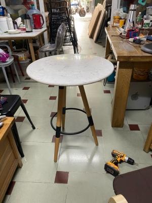 Chân bàn gỗ khung kiềng sắt Y1
